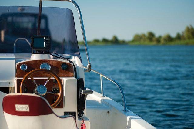 boat antenna gps